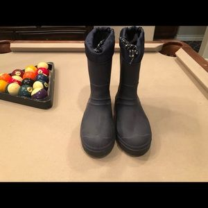Other - Snow boots YOUTH SIZE 5